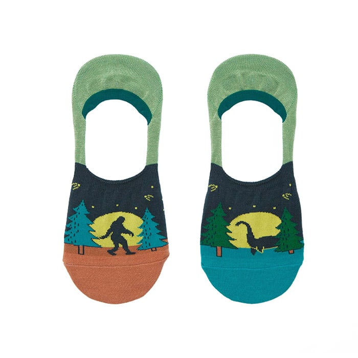 Cryptid Encounter Unisex No Show socks